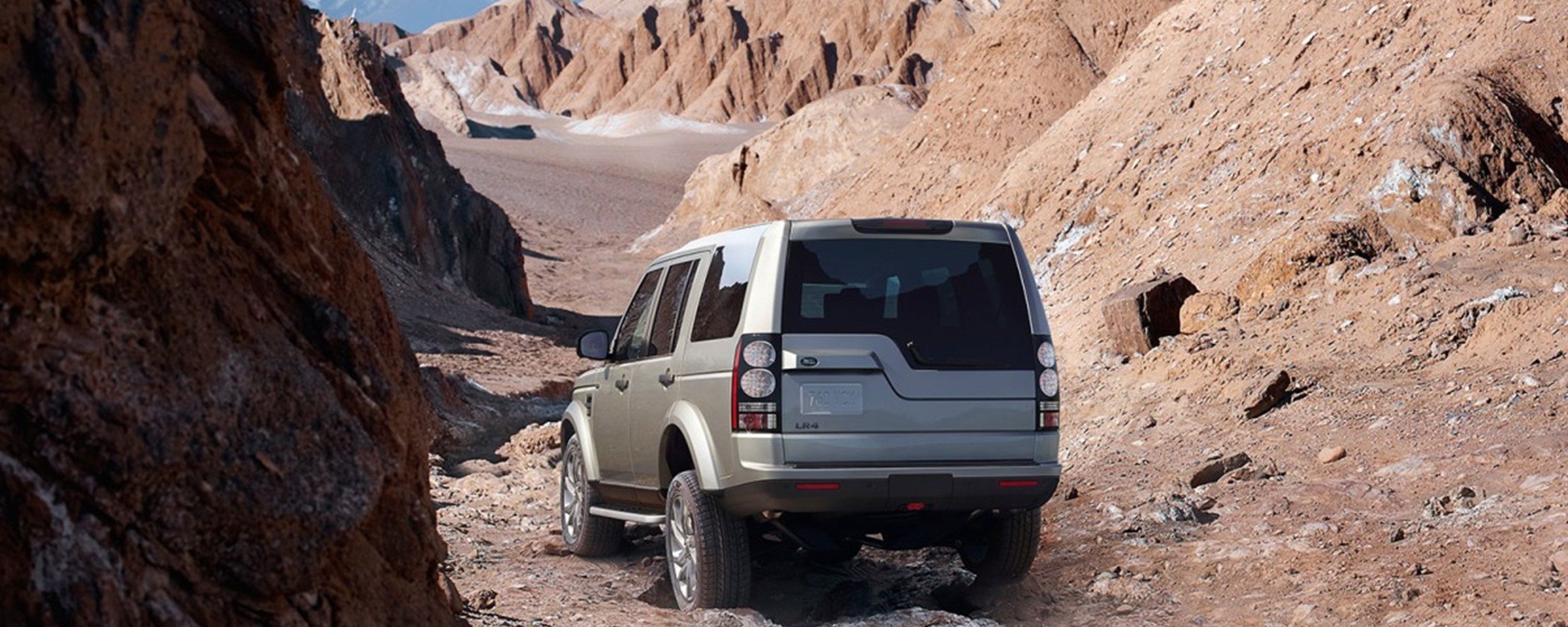 Five Reasons To Take Your Land Rover Lr4 Off Road Indigo Auto